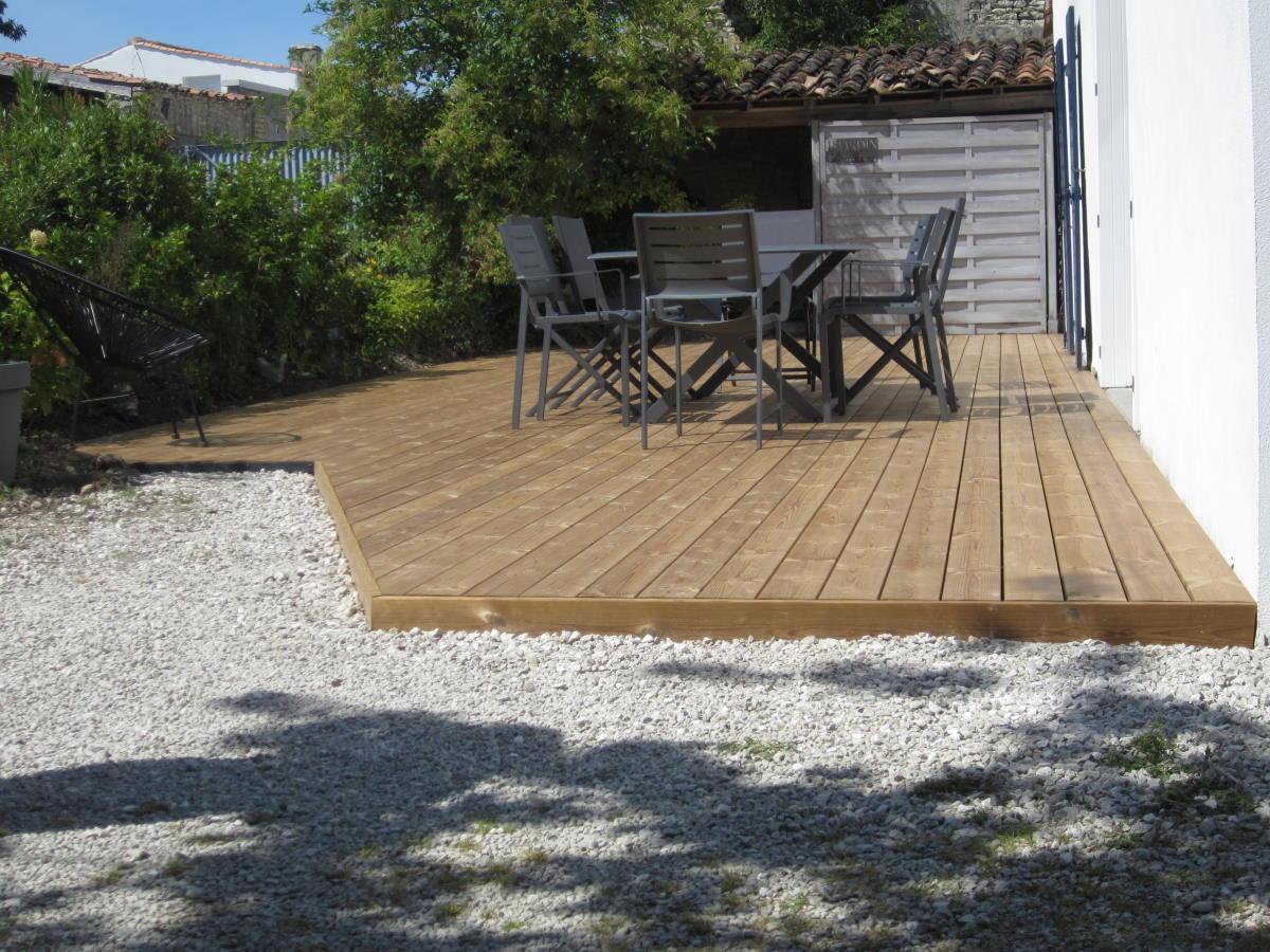 Agrandissement terrasse bois sur sol stable